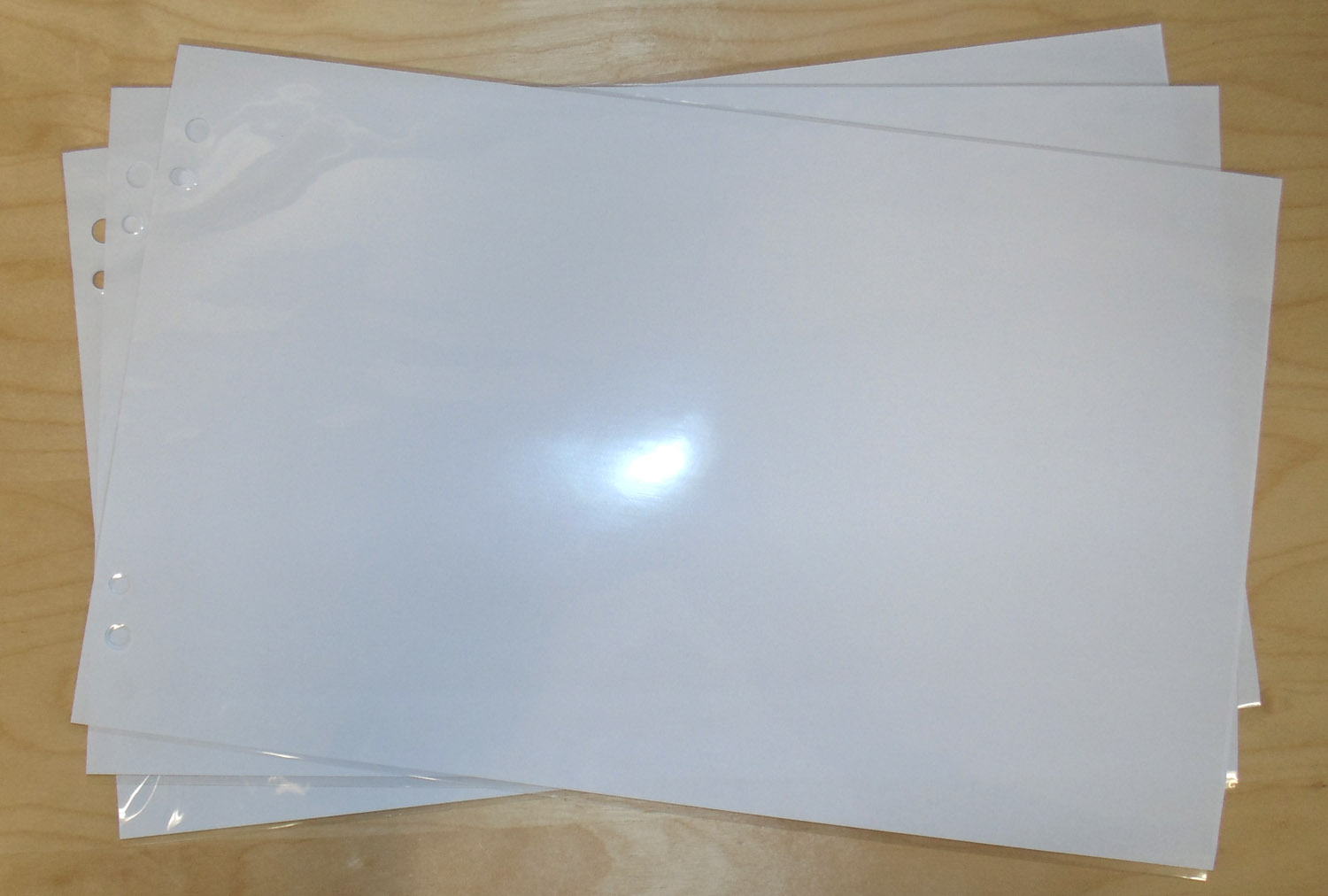 legal sheet protectors  8 2 x 14 u2033  med weight  box of 50
